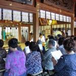 月次祭に併せ会員の誕生祭が行われております